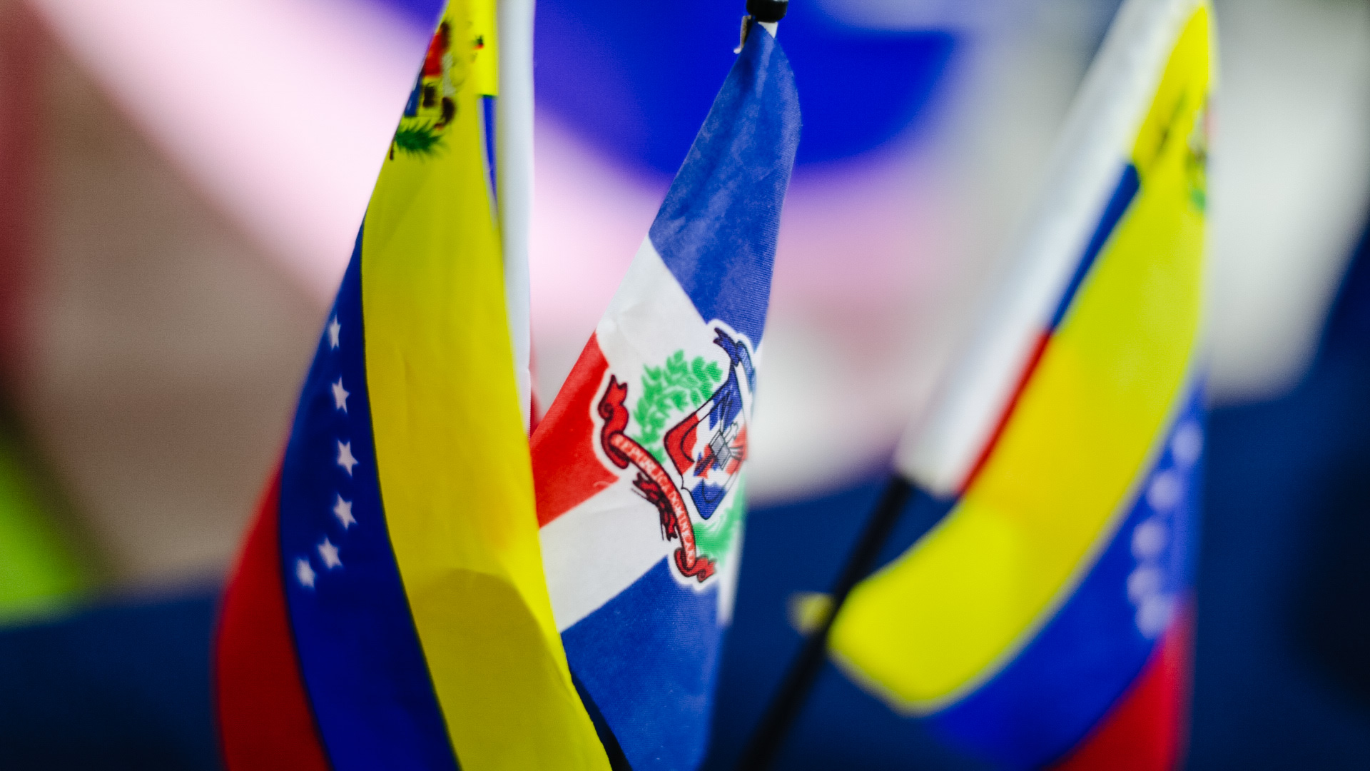 Ventanillas de orientación gratuita asistirán a venezolanos en el Plan de normalización migratoria